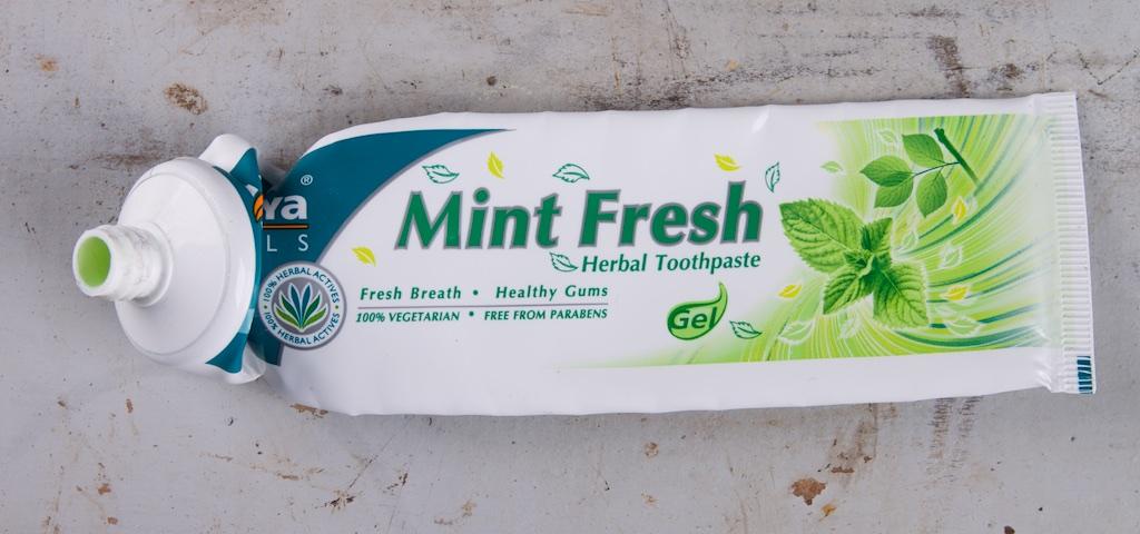 himalaya herbals - vegan tandpasta