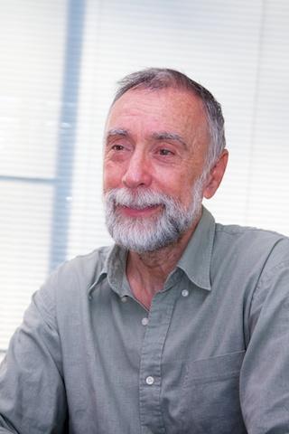 Dos Winkel tijdens het interview